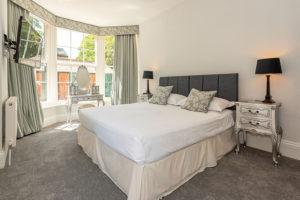 Super Kingsize Bedroom at Langford Villa